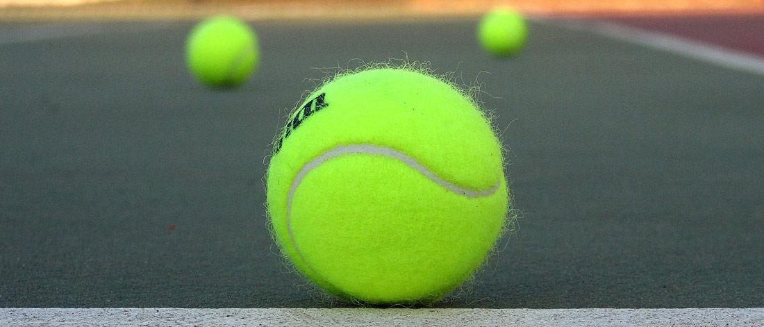 http://www.kastelruth.org/img/_slides/tennis03.jpg